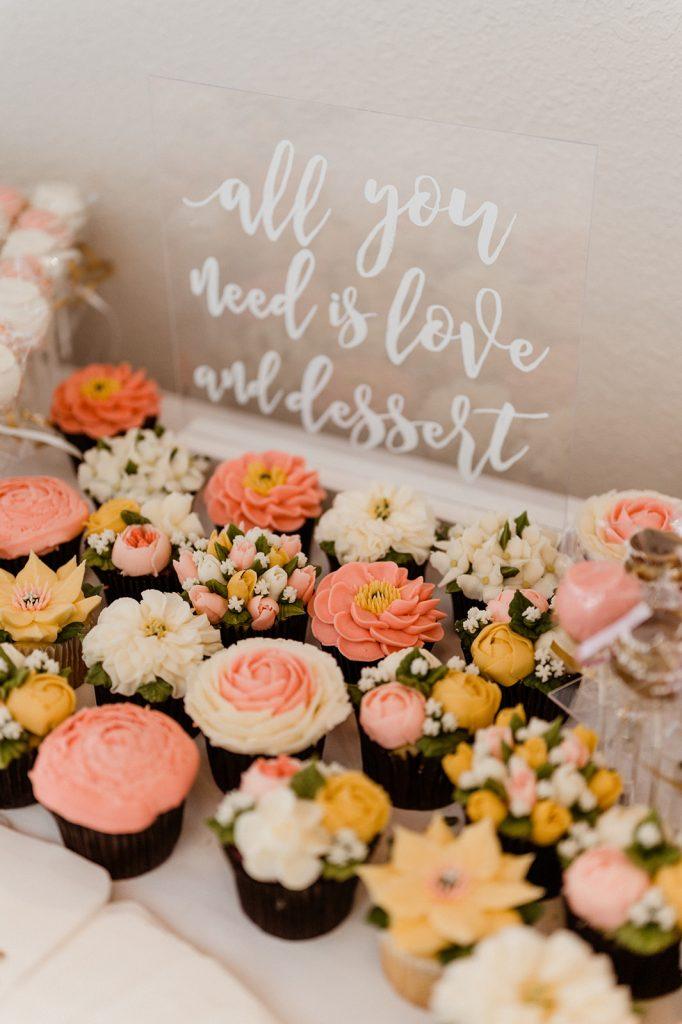 Wedding cupcake dessert sign