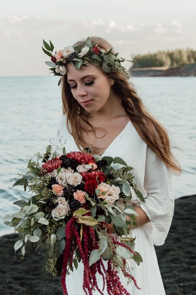 Minnesota north shore elopement bouquets for your fall wedding